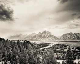 Tetons_Over_Snake_River_Rainy